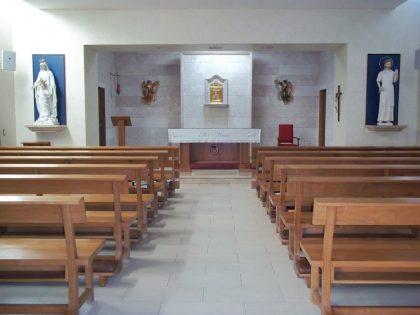 Capilla, Hijas de Santa María, Colina