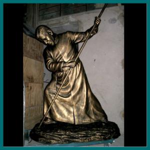 San Alberto Hurtado 170cm